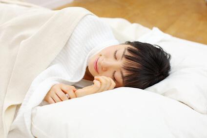 良質な睡眠をとっている様子