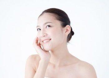 真皮のエイジングをケアすることで美肌を手に入れた女性