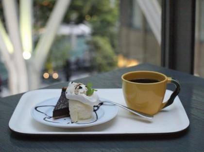 肌の糖化の原因となる甘いケーキ