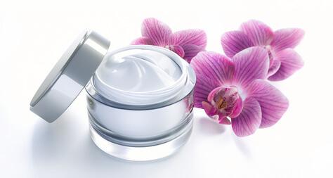 CEを守る敏感肌のエイジングケア化粧品(保湿クリーム)