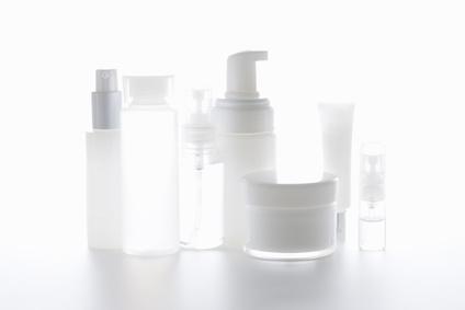 様々なエイジングケア化粧品の写真