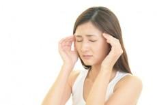 肌疲労に悩む女性