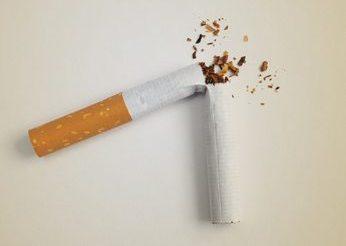 煙草(喫煙)による酸化のイメージ写真