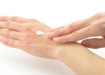 手肌の乾燥を防ぐクリーム