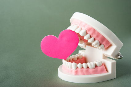 下あごのしわは歯科矯正が必要というイメージ