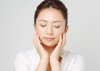 コラーゲンの効果で健やかな肌を手に入れる女性