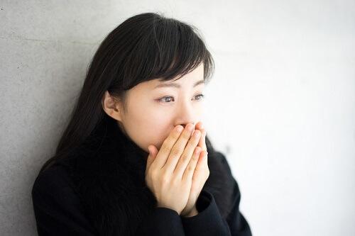 低体温や冷え性に悩む女性