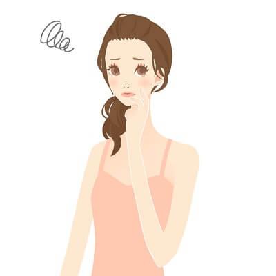 毛穴悩みを化粧水でケアしたい女性