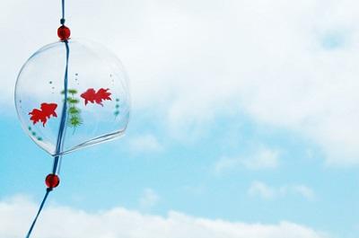 8月の風物詩イメージの風鈴