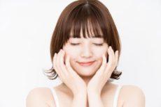 酵素洗顔を正しく愛用している20代の女性
