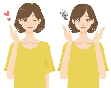 女性の薄毛予防をする女性