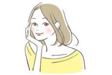 ペンタステアリン酸ポリグリセリル-10配合製品を使う女性