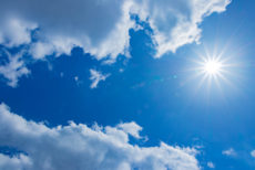 紫外線散乱剤の酸化チタンが必要な天気
