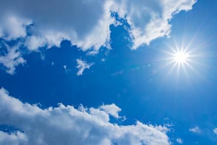 紫外線散乱剤の酸化チタンが必要な紫外線の強い天気