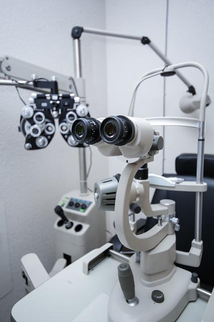 眼瞼下垂の検査のイメージ